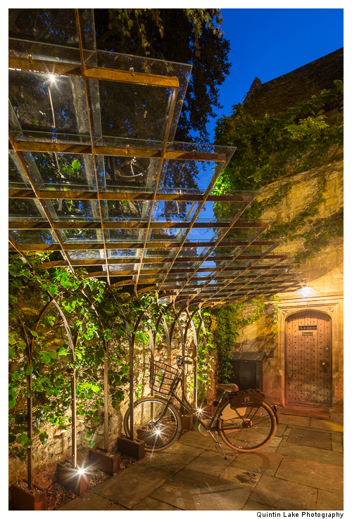 Bike Stand, Old Parsonage Hotel
