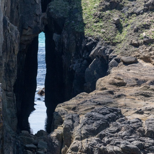 Zawn Pyg natural arch at Nanjizal Bay, Cornwall.