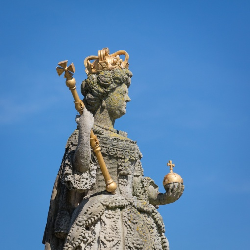 Queen Anne's statue atop Queen Anne's Walk, built in 1713 as a meeting place for the town's merchants, Barnstaple, Devon.